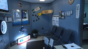 Arco Tire & Service Waiting Area | 18 Clarendon Ave, Somerville MA 02144 | 617-623-9400